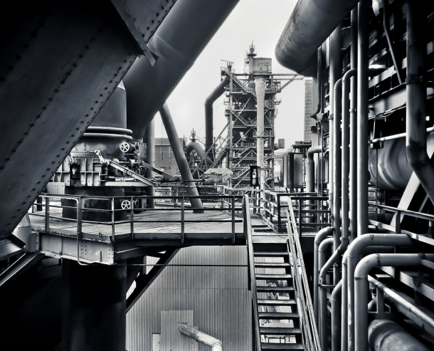 black-and-white-factory-industrial-plant-415945-75dab12f8d57a518739f2b6b103dcbe6.jpg